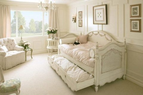 French Country Home Decor and Bedroom Feng Shui